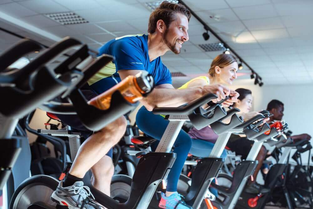 spinning cours collectifs fitness